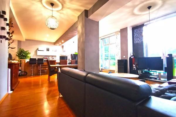 Loft avec jardin 216 m² à Roubaix